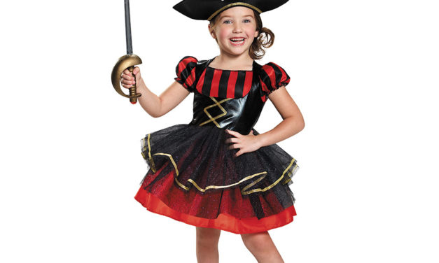 Top 2016 Theme: Pirate Costumes